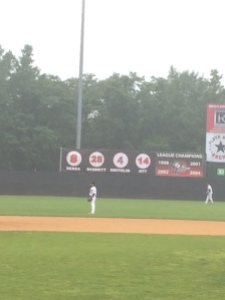 The Jackals retired the number of former coach and MLB player Ed Ott before the game!